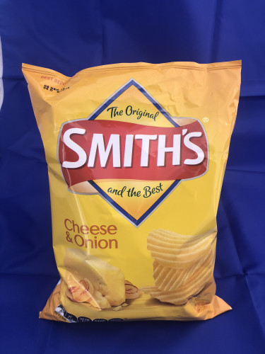 Smiths Cheese & Onion Chips 170g