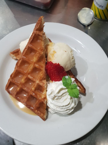 Old Fashioned Toasted Thick Waffles Cream & Ice Cream with Real Dulce Leche Caramel Sauce
